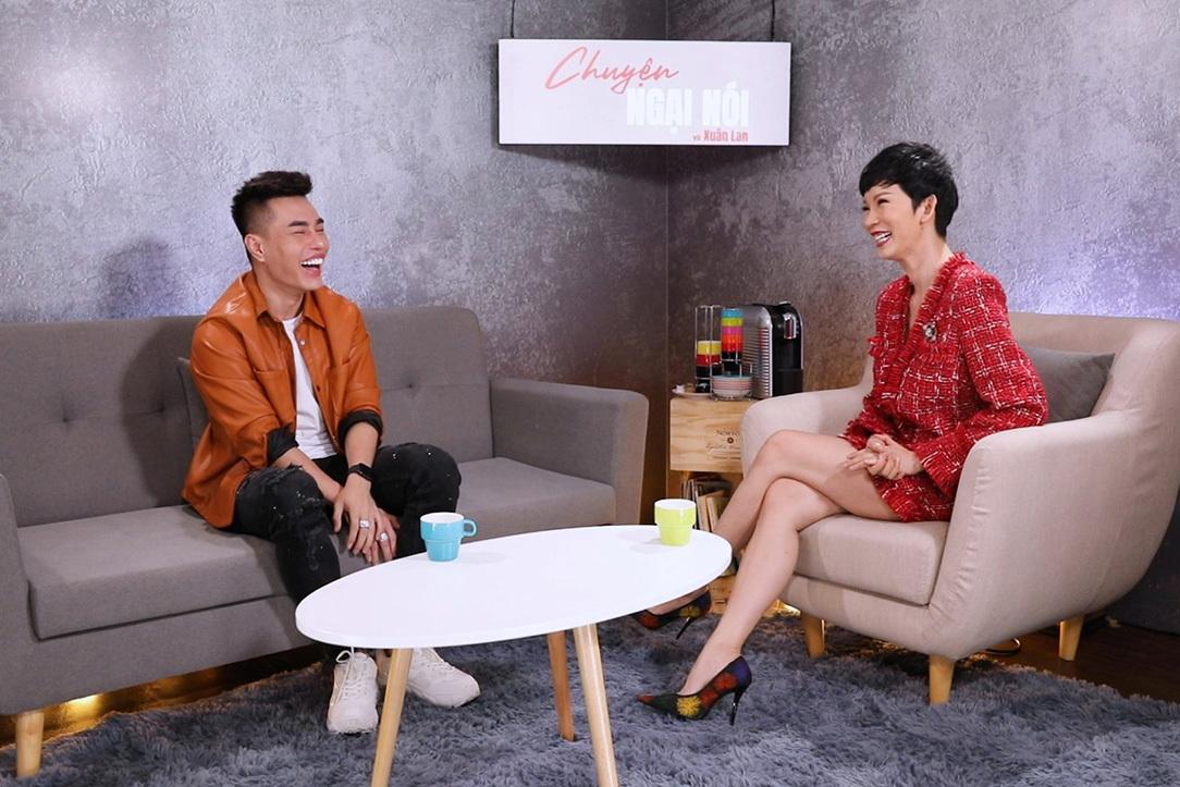 Lê Dương Bảo Lâm tiết lộ khi nhiều nghệ sĩ nhờ anh hướng dẫn cách bán hàng online.